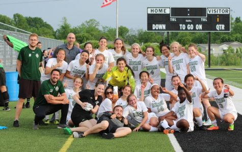 Huron Varsity Women's Soccer defeats Woodhaven, on to regional finals