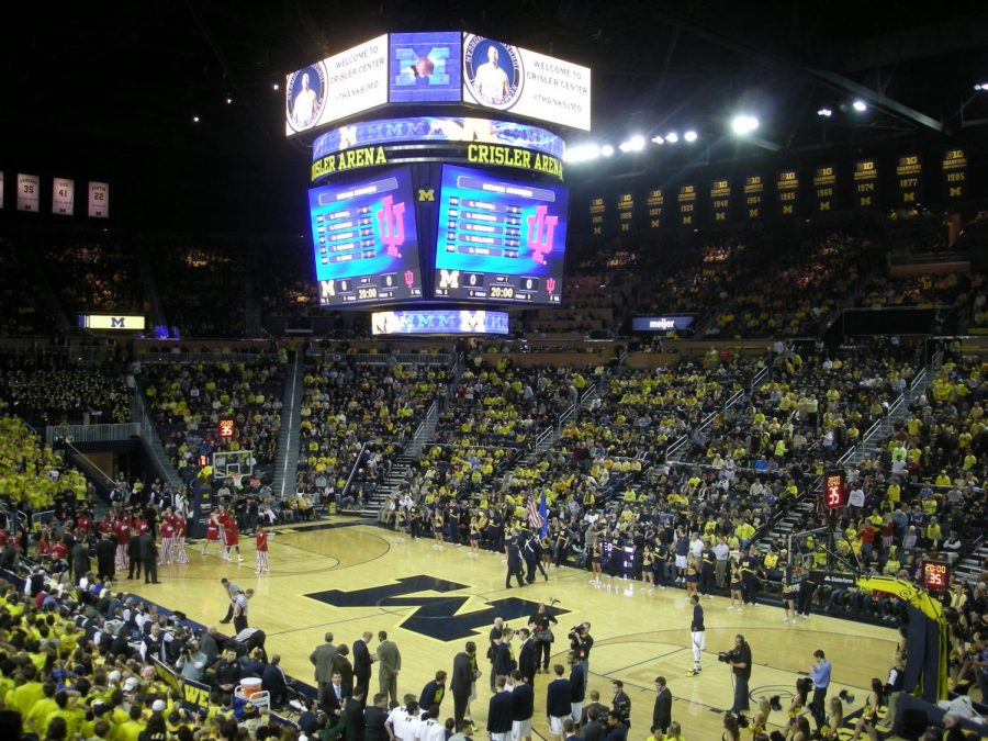 Zavier Simpson shines but Michigan falls short to Wisconsin 81-74